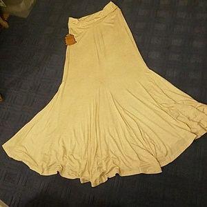 Flared Maxi Skirt Size Large